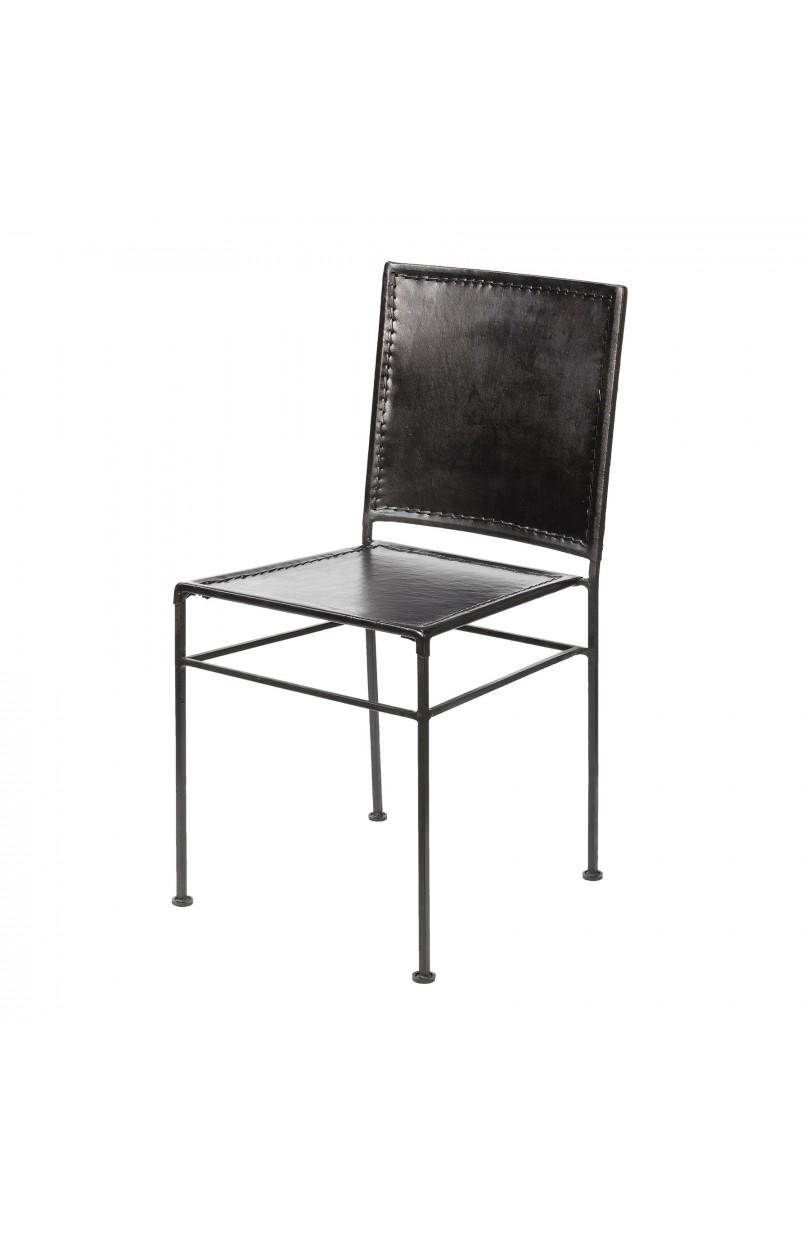 Silla de hierro y cuero negro sillas en becara for Modelos de sillas de hierro