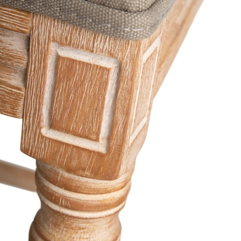 Sandy stool